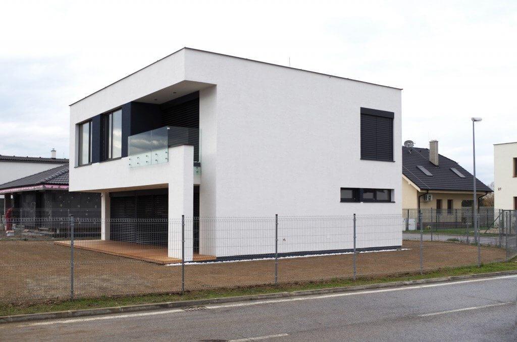 Poschodový dom s rovnou strechou