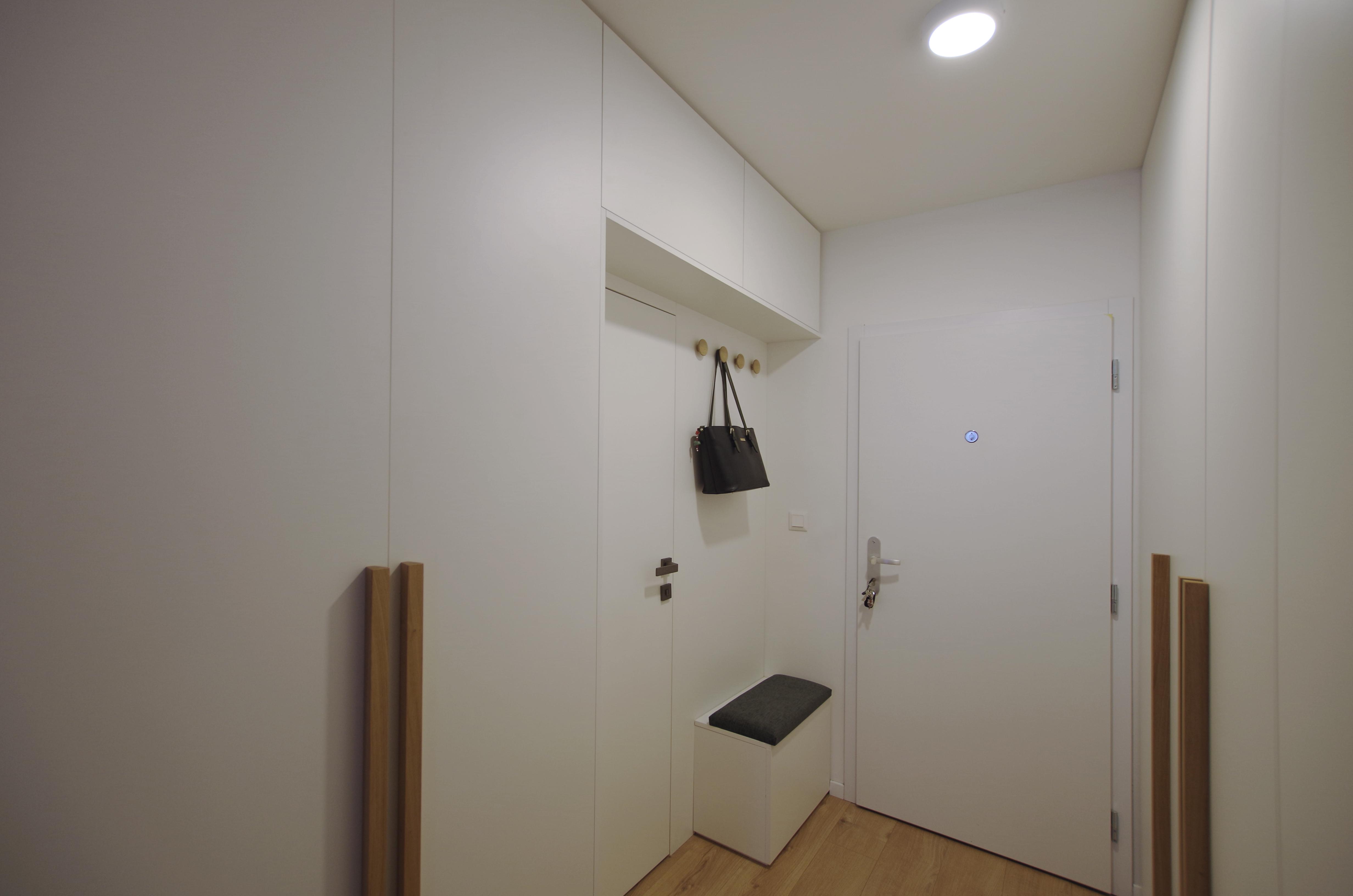 prerabka bytu inspiracie chodba projekt, vizualizácia zariadenie malého bytu